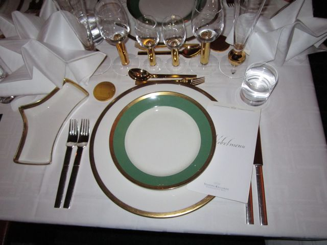Nobel banquet table setting - Comment dresser une table ...